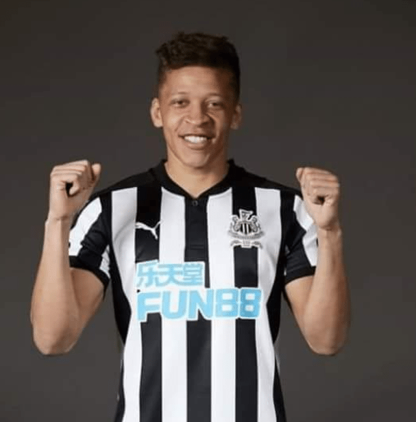 Newcastle-United-Home-Shirt-2017-18.png