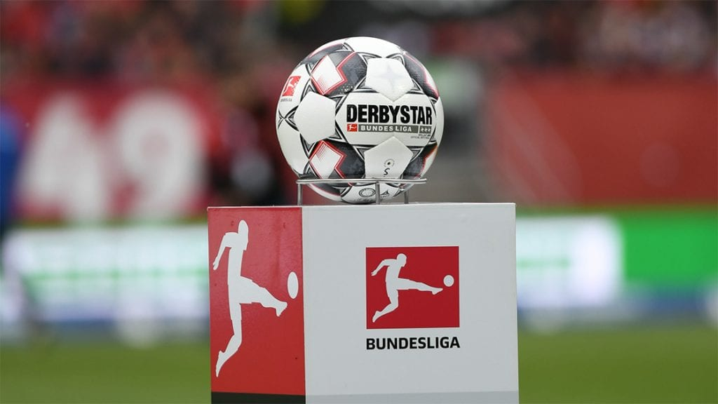 Bundesliga Ball Podium