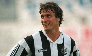 David Ginola talks about working under Mark Lawrenson and predicts Huddersfield v Newcastle United