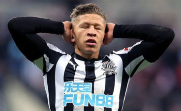 Newcastle fans kidding themselves if think Dwight Gayle missing a few chances is depth of the problem