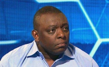"Garth Crooks challenges Mike Ashley ""Are you telling me that is not worth investing in"""""