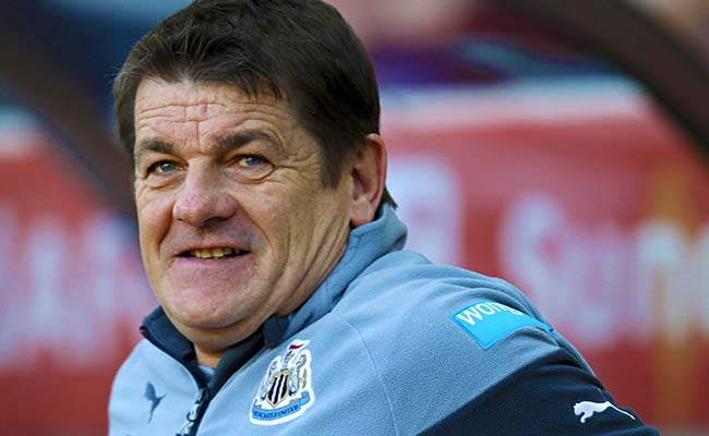 john-carver-double-chin-newcastle-united