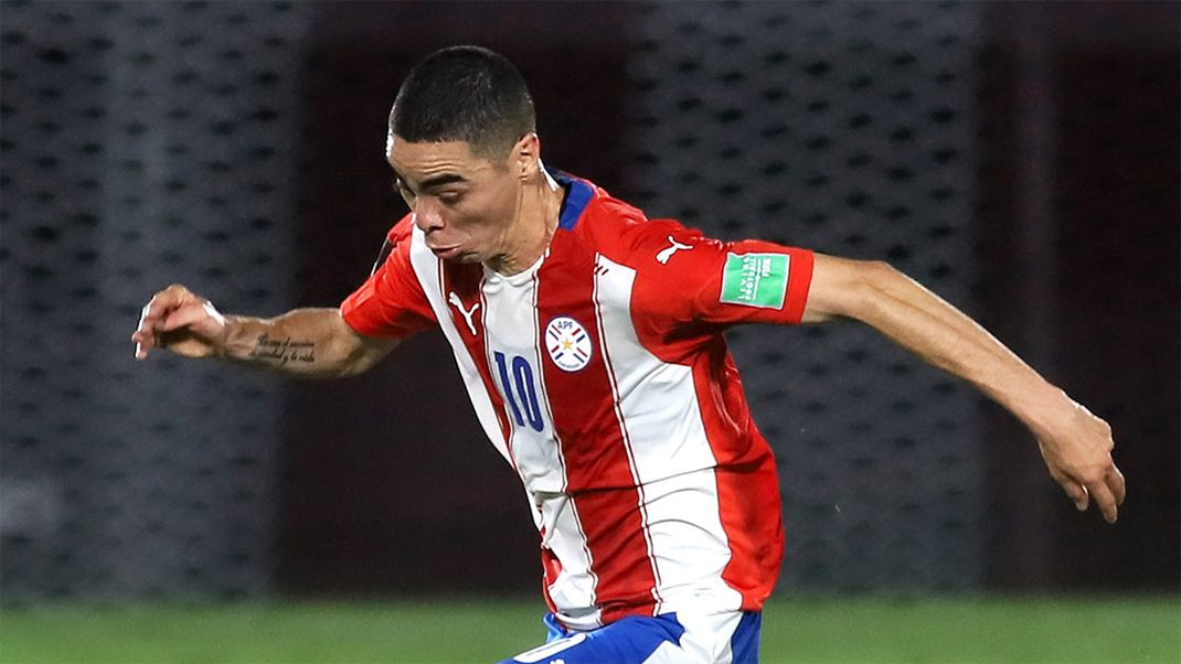 Miguel Almiron v Neymar -- 36 year wait ends after Paraguay v Brazil thumbnail