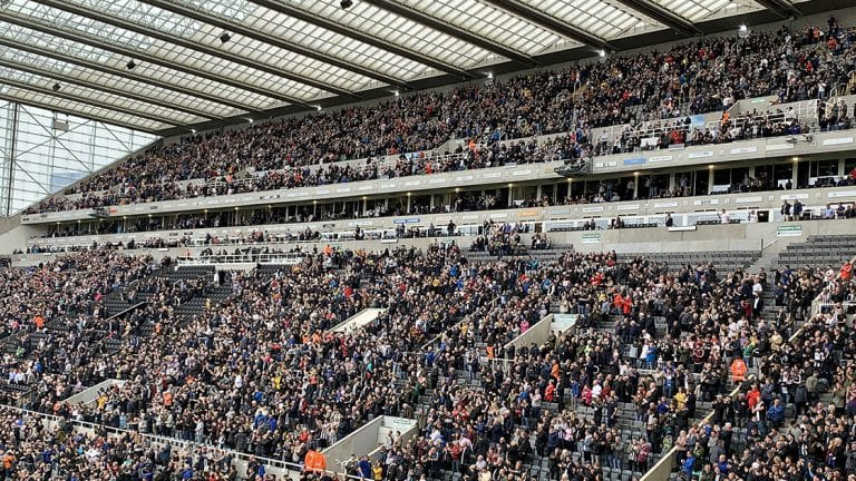 """Chris Sutton attacks Newcastle United fans """"It's utterly ridiculous"""""""